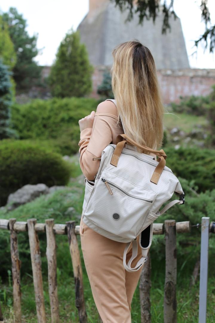 kipling-tsuki-s-bag.jpg